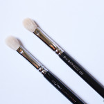MAC 217 Brush Versus ZOEVA 227 Luxe Soft Definer Brush!