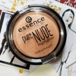 DRUGSTORE FINDS: Essence Pure Nude Highlighter Review & Swatch!